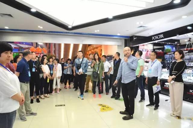 100多位门店经理到唐山书城参观学习